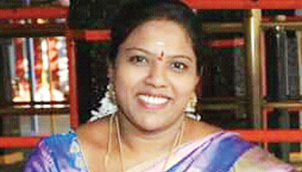 கதிர் ஆனந்த் மனைவி சங்கீதா
