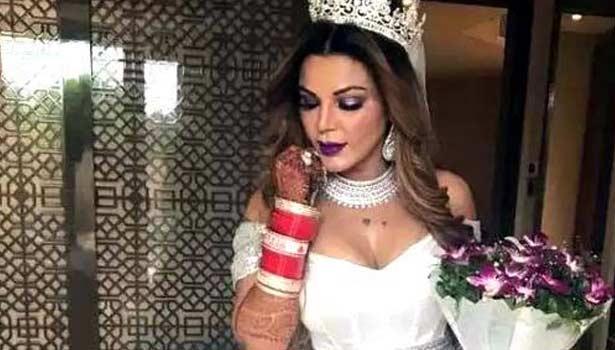 நடிகை ராக்கி சாவந்த்
