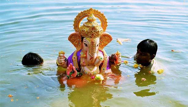 விநாயகர் சிலை கரைப்பு