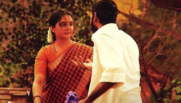மஞ்சு வாரியர், தனுஷ்