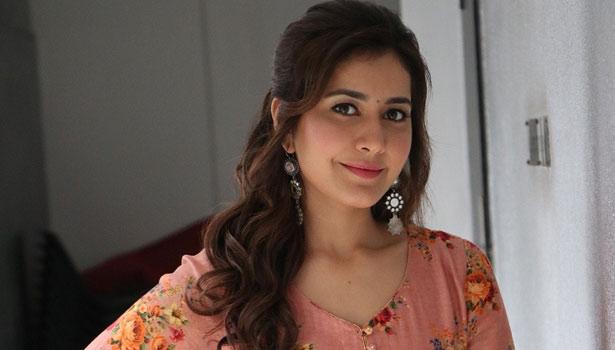 ராசி கன்னா