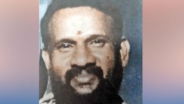 தரகர் ஜெயக்குமார்