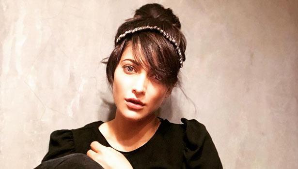 நடிகை ஸ்ருதிஹாசன்