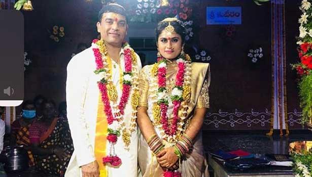 தில் ராஜு மற்றும் அவரது மனைவி