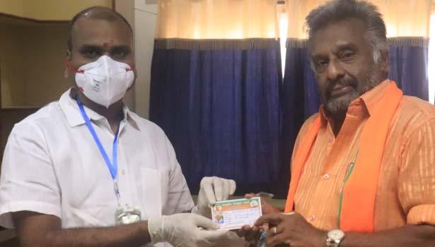 பாஜகவில் இணைந்த ப்ளோரன்ட்  பெரேரா