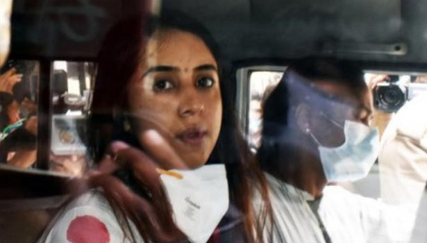 சஞ்சனா கல்ராணி