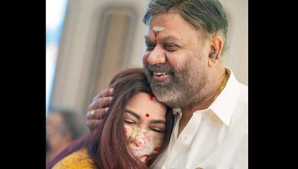 குஷ்பு - இயக்குனர் வாசு