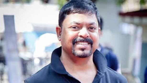 இசையமைப்பாளர் ஜேம்ஸ் வசந்தன்