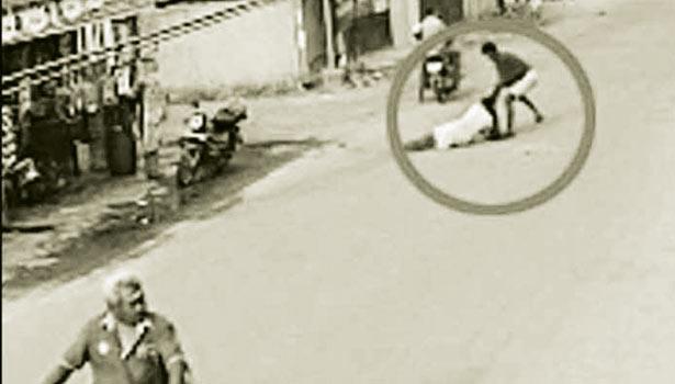 கேமராவில் பதிவான காட்சிகள்