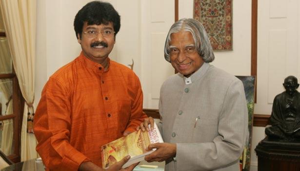 அப்துல் கலாமுடன் நடிகர் விவேக்