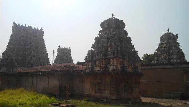 புராதன கோயில்