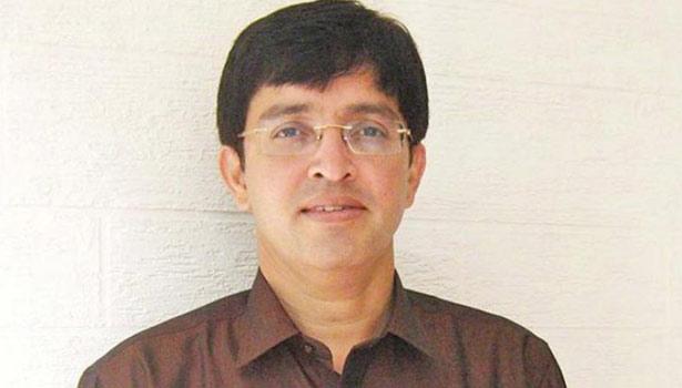 சுகாதாரத்துறை செயலாளர் டாக்டர் ராதாகிருஷ்ணன்