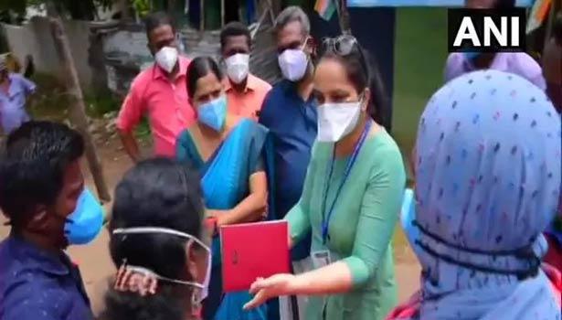 கொரோனா தடுப்பு நடவடிக்கைகள் குறித்து ஆய்வு செய்யும் மத்திய குழுவினர்