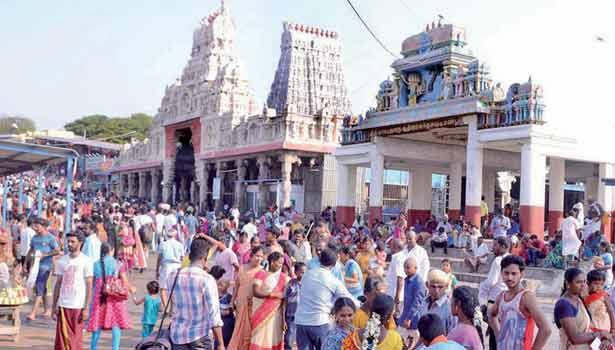 திருச்செந்தூர் சுப்பிரமணியசாமி கோவில்