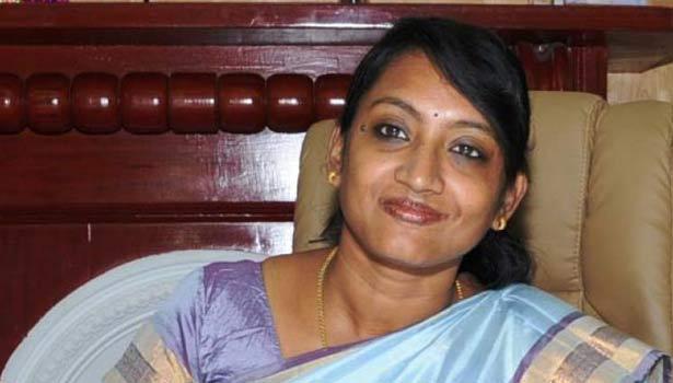 நீலகிரி மாவட்ட கலெக்டர் இன்னசென்ட் திவ்யா
